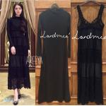 Landmee set Maxi dressลูกไม้ตัวยาวใส่คู่กับเดรสผ้ายืดเนื้อดีคอกลมตัวยาวอยู่