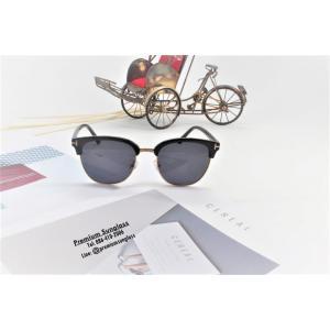 แว่นกันแดด/แว่นแฟชั่น SCM010
