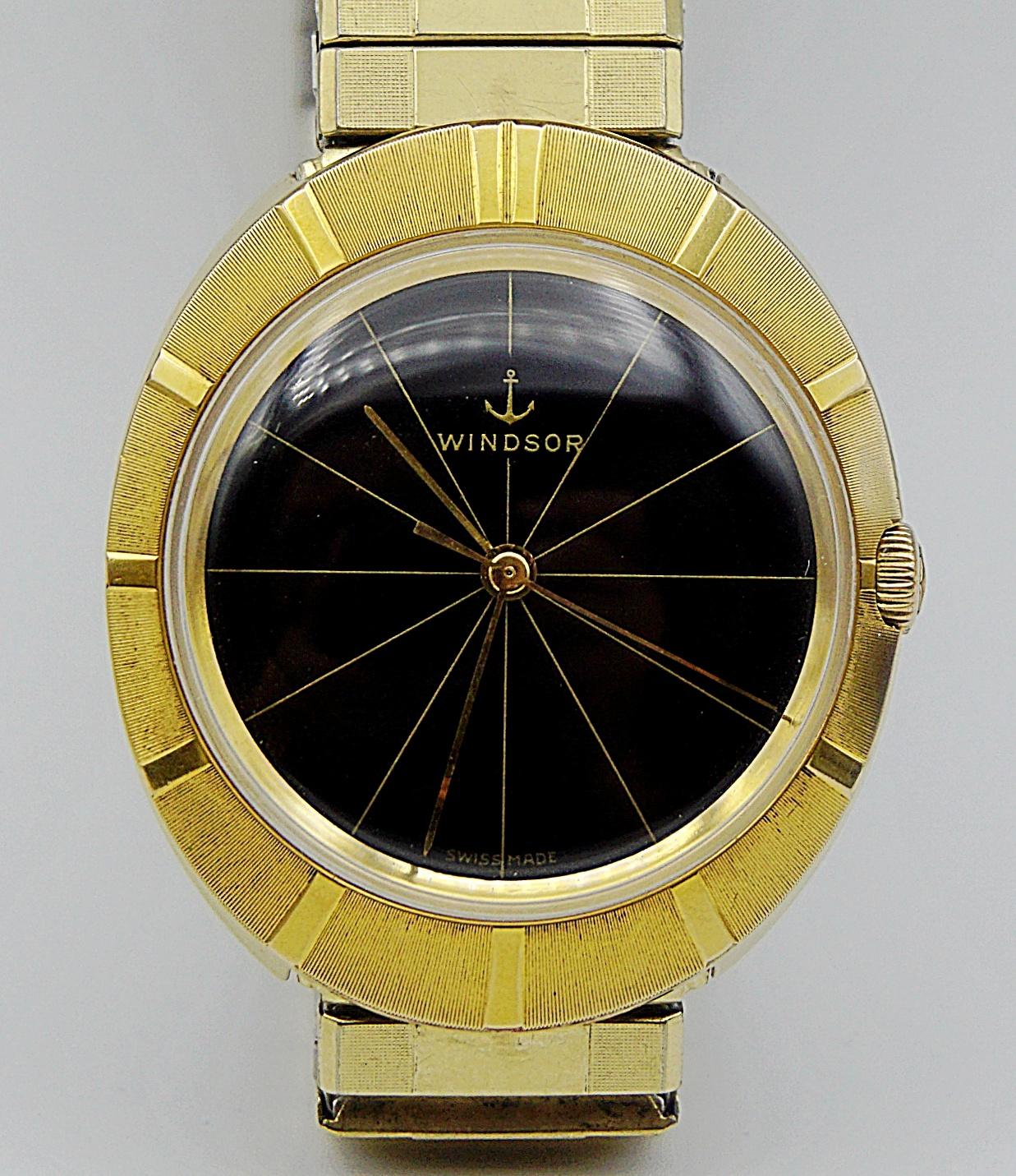 นาฬิกาเก่า WINDSOR ไขลาน