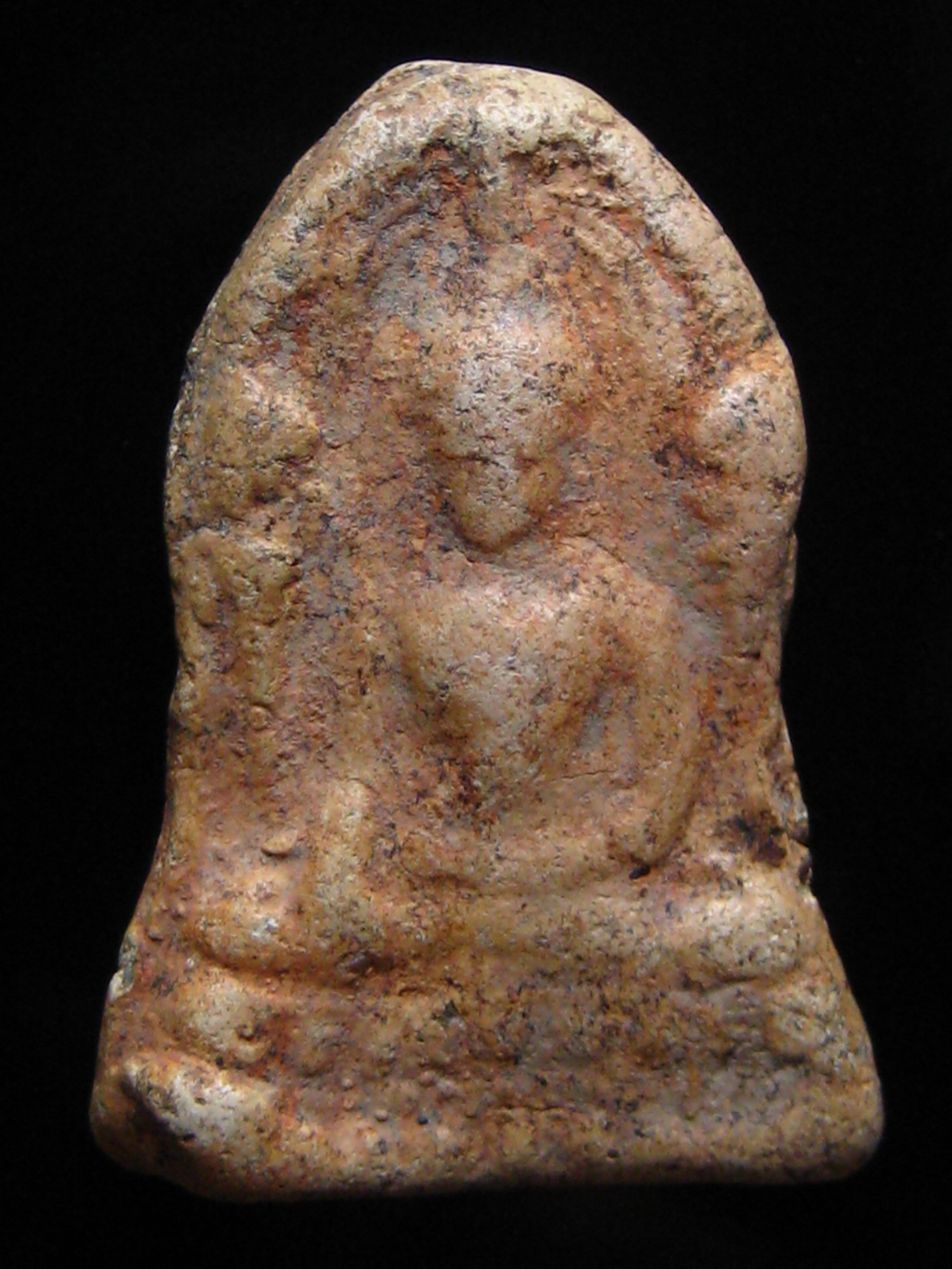 ชินราชใบเสมาเนื้อดิน กรุวัดใหญ่พิษณุโลก รหัส7230