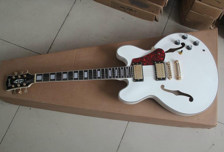 กีต้าร์ไฟฟ้า Gibson ES-335