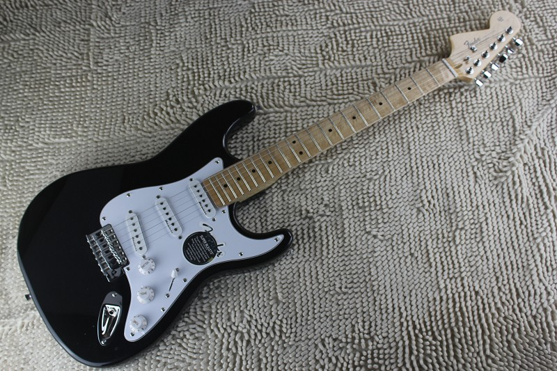กีต้าร์ไฟฟ้า Fender Startocaster (หัวกลับ)