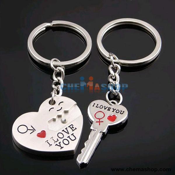 พวงกุญแจ รูปหัวใจ (1 คู่)