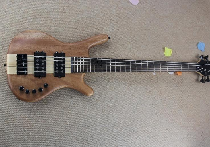 Warwick 5 stings Active ฺBass