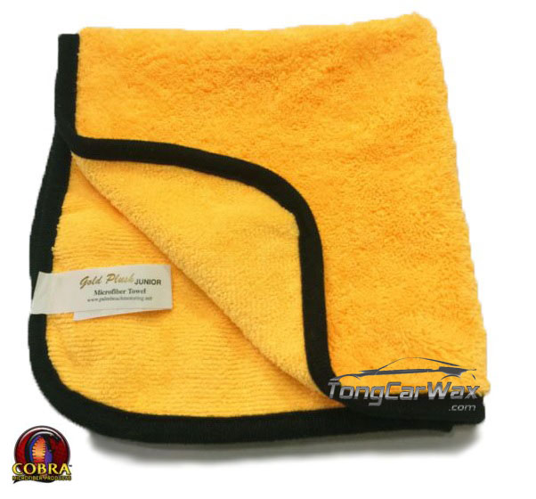 COBRA Gold Plush Microfiber Towel