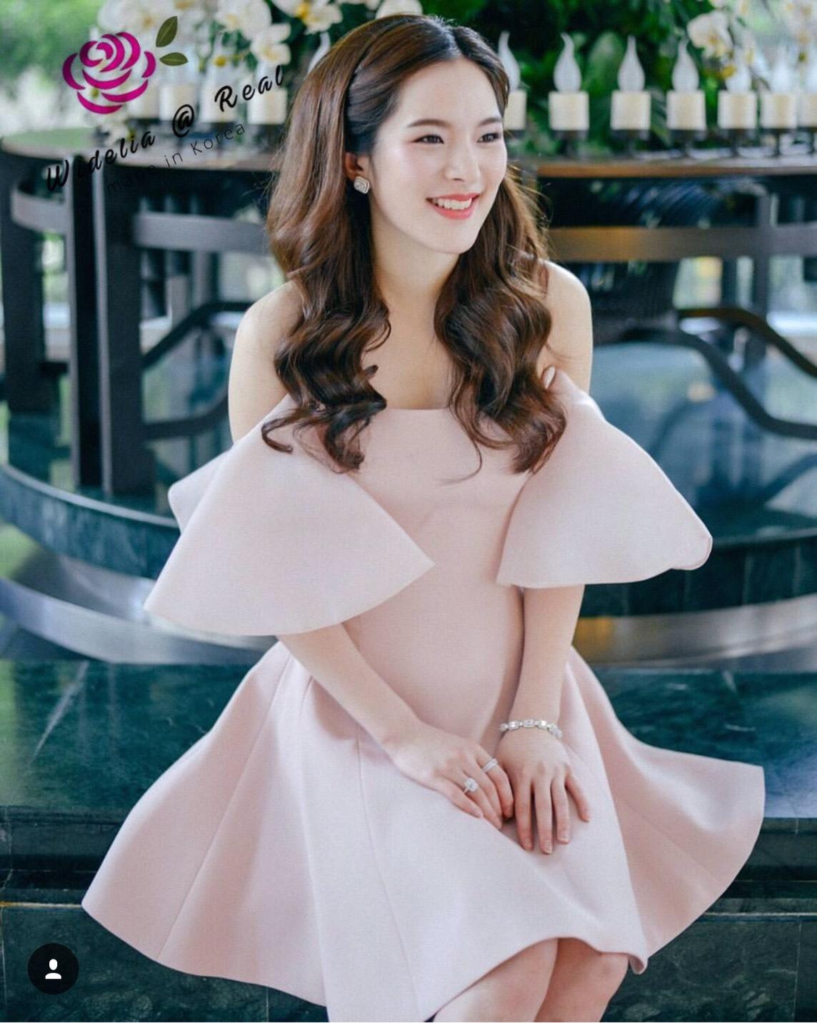 Dress เดรสเกาะอก เนื้อสีพื้น สีสวยมากๆ ชมพูอ่อนๆ เ