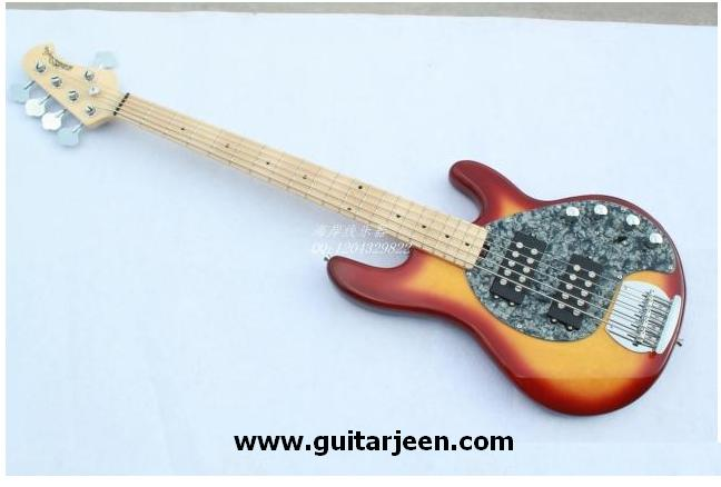 เบสไฟฟ้า Music man 5 strings