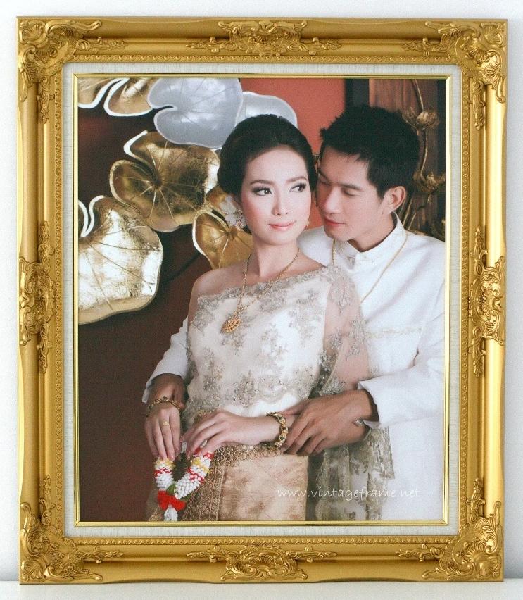 กรอบรูปชุดไทยราคาถูก