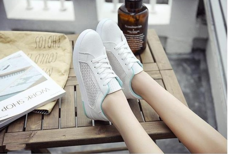 fashion รองเท้าผ้าใบหญิง สไตล์เกาหลี รหัส EC17D1978 (รอสินค้า 15-20วัน)