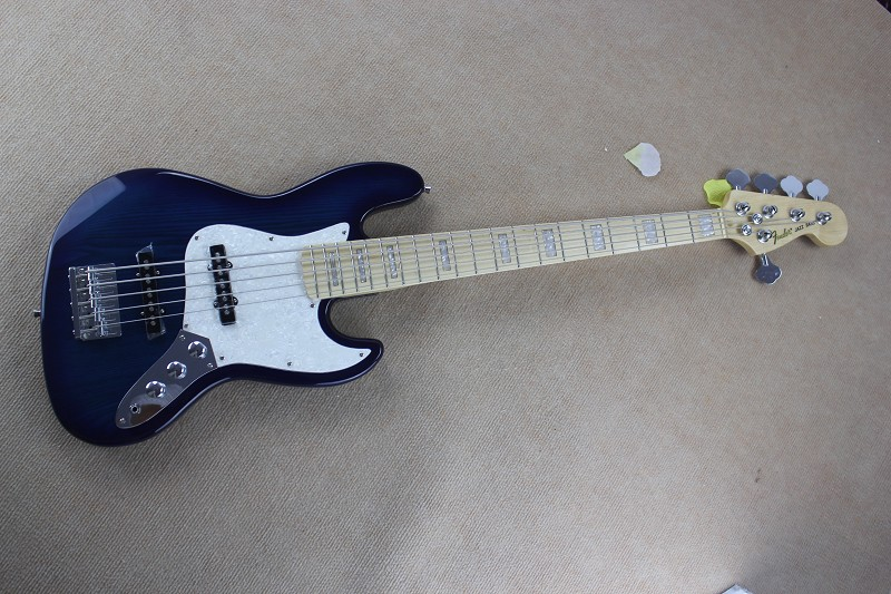 Fender Jazz Bass 5 Strings