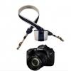 สายคล้องกล้องพร้อมกระเป๋าเก็บฝาเลนส์ ปั๊มนูน EOS ดำ