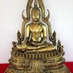 พระพุทธชินราชสีทองเก่า มวลสารผสมผงหินแร่เหล็กน้ำพี้ ขนาดหน้าตัก 9 นิ้ว สูง 19 นิ้ว ลักษณะงดงามเป็นหนึ่งของประเทศ รหัส 0022