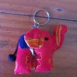 พวงกุญแจช้างน้อย ขนาด 6 x 7 ซม. 3