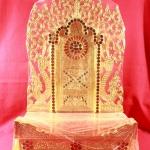 แท่นพระพม่าทรงสูง ฐานมีขอบ 12 นิ้ว แแบที่1 รหัส0105