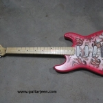 กีต้าร์ Fender Richie Sambora รุ่น limited edition