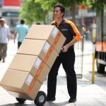 """เปรียบเทียบข้อดีข้อเสียของวิธีการจัดส่งสินค้าด้วย """"ขนส่งเอกชน Kerry"""" กับ """"ไปรษณีย์ไทย"""""""