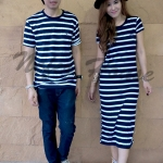 เสื้อคู่เกาหลี ชุดผ้ายืดสีน้ำเงินกรมริ้วขาวทรงยาว