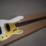 เบสไฟฟ้า Fender Custom Shop '59 Precision Bass