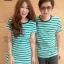 เสื้อคู่รักเกาหลี ชุดผ้ายืดโทนสีเขียวริ้วขาวตัดกับสีกรม และเพิ่มความโดดเด่นสีกรมเข้มที่คอเสื้อ thumbnail 2
