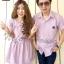 ชุดคู่รักเกาหลี เชิ๊ตผู้ชายสีม่วงอมชมพู มาพร้อมกับแซกคอบัว thumbnail 1