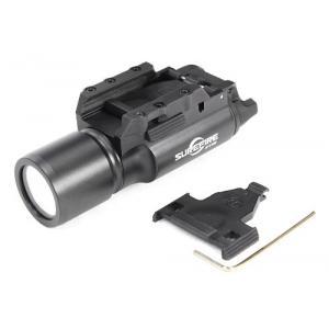 ไฟฉายติดปืน SUREFIRE X300 สีดำ
