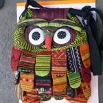 กระเป๋าสะพายหลังนกฮูกใบใหญ่ขนาด 28 x 40 cm. Owl Bag 1