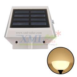 โคมไฟโซล่าเซลล์ ติดผนัง 4 LED (เเสง : เหลืองวอมไวท์)