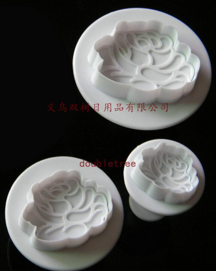 ที่พิมพ์ลายฟองดองท์ พิมพ์กดคุกกี้ ลายดอกไม้ 3 ชิ้น/เซต