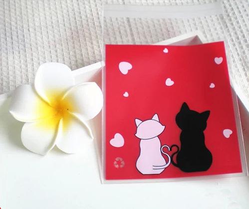 ถุงเบเกอรี่ ถุงขนมปัง แบบมีเทปกาว รูปแมว 100 ใบ/ห่อ (10*10+3 cm.)