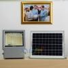 ไฟสปอตไลท์โซล่าเซลล์ 108 LED โคมเทา (เเสง : ขาว)