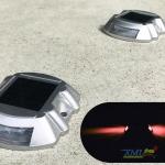 ไฟหมุดถนนโซล่าเซลล์ 6 LED รุ่น Robot (เเสง : แดงกระพริบ)